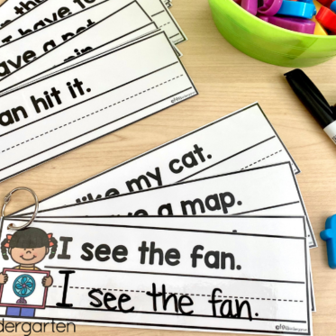 Reading and Writing Simple Sentences with Sight Words